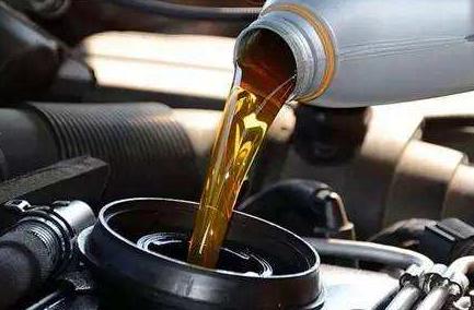 为什么机油会变稀?